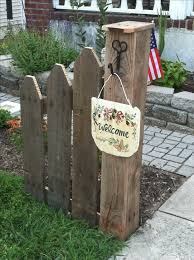 Pallet Garden Decor 25 Unique Pallet Fence Ideas On Pinterest Wood Pallet Fence