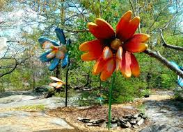 visit rock city gardens chattanooga tennessee
