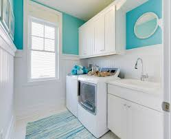 cheerful beach cottage with turquoise color scheme home bunch