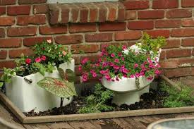 Backyard Plants Ideas 35 Creative Outdoor Home Decorating Ideas And Plant Pots