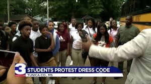 rosa fort high students walk out in protest wreg com