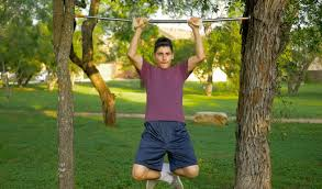 Diy Backyard Pull Up Bar by Diy Pull Up Bar On Trees Youtube