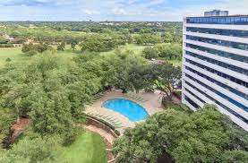 view at kessler park apartments in dallas tx view at kessler park homepagegallery 3