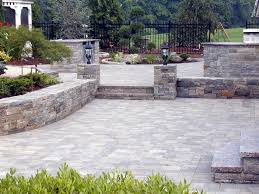 Installing A Patio With Pavers by Easy Steps To Install Landscaping Pavers U2014 Porch And Landscape Ideas