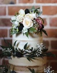 autumn wedding cakes sugar buttons