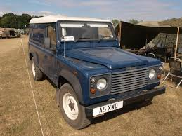 defender land rover 1997 file land rover defender xd wolf 1997 jpg wikimedia commons