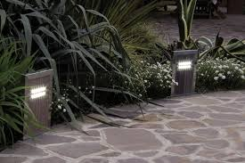 How To Choose Landscape Lighting How To Choose And Install Landscape Lighting Certified Lighting