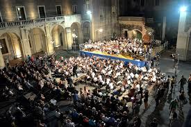 cortile platamone catania teatro bellini festa delle orchestre giovanili italiane globus