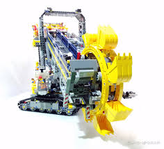 lego technic bucket wheel excavator back of lego technic excavator pictures to pin on pinterest