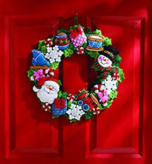 bucilla felt applique wreath kit 15 inch 86264