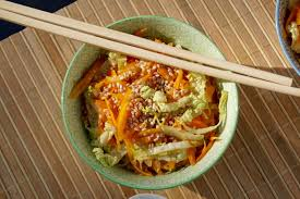 cuisiner le chou chinois poêlée de chou chinois et carottes à l asiatique