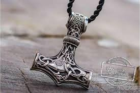 stylish thor s hammer pendant made of precious metals selected by