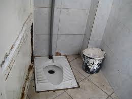 Bathroom In Thai Woman U0027s Guide To Using Squat Toilets
