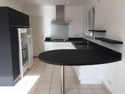 cuisine avec table ilot centrale de cuisine rutistica home solutions