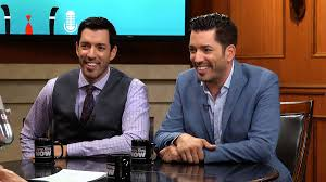 How To Be On Property Brothers Danny Pudi U0026 Ben Schwartz Had To Be Separated On U0027ducktales U0027