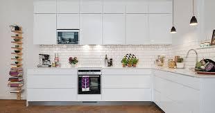 credence cuisine metro trends diy decor ideas carrelage metro blanc pour la crédence de