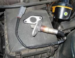 check engine light goes on and off o2 sensor most common causes of a check engine light and what you can do