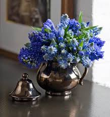 Flowers In Vases Images Offbeat Vases Katy Elliott