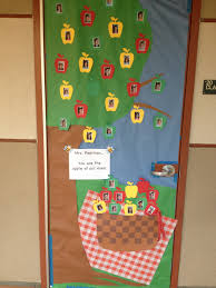 day door decorations appreciation day door decorations picnic apple theme