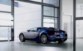 bugatti car wallpaper bugatti veyron in a showroom wallpaper car wallpapers 50105