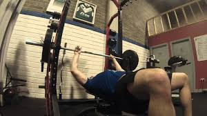 bench press with bands videos for bench pressing from marathon