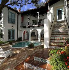 Spanish Home Design by Best 25 Mexican Home Design Ideas On Pinterest Mexican Style