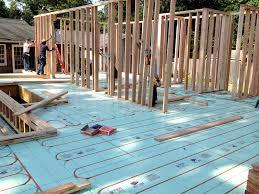 installing radiant floor heating homebuilding