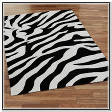 Black And White Modern Rugs Black And White Area Rugs Style Decorate With Black And White