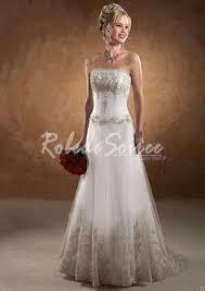 robe de mariã e pas cher en couleur fleur robe de mariée en couleur sans manches avec fleur en satin