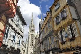 location bureau quimper vue sur la cathedrale corentin a quimper reference jpg
