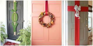 5 best christmas door decorations how to decorate your door for