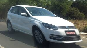 volkswagen pune 2014 vw polo facelift spied debuts in geneva tomorrow