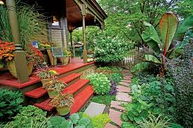 Backyard Shows Scott Endres Of Tangletown Gardens Shows Off His Backyard