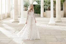 shop wedding dresses 10 high brands to shop for a wedding dress
