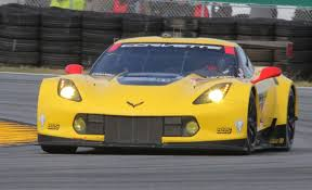 corvette race car 7 things you need to about the chevrolet corvette c7 r race