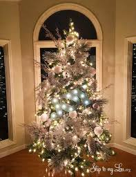 Decorated Christmas Trees by Beautiful Christmas Trees Skip To My Lou