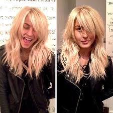 julia hough new haircut celeb style julianne hough s new hair extensions career