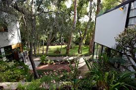 outside space eames house space between house and studio nat chard