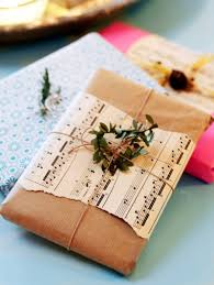 Beautifully Wrapped Gifts - wrap it up 8 creative suggestions for gift wrapping