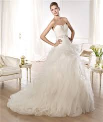 feather wedding dress gown sweetheart feather neckline low back tulle wedding dress with