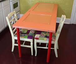 diy learn how to make a colorful dining table using a recycled