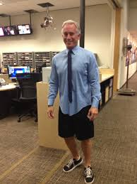 mark ibanez goes for a really casual look under the anchor desk