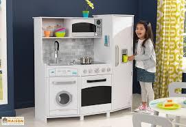 cuisine avec enfant cuisine en bois enfants avec machine à glaçons sonore et lumineuse