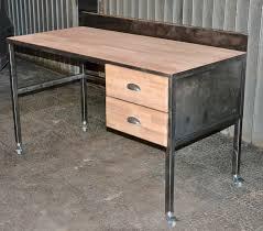 construire un bureau en bois fabriquer bureau en bois
