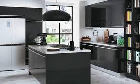 decoration cuisine noir et blanc cuisine noir bois indogatecom photos cuisine blanche grise with