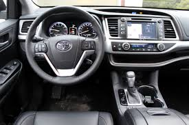 toyota highlander 2016 interior no surprise 2015 toyota highlander won best new suv here u0027s why