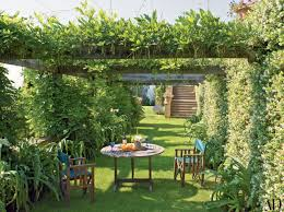 Pictures Of Pergolas In Gardens by 25 Garden Trellises And Pergolas Perfect For Summer Relaxation