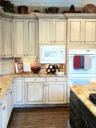 Annie Sloan Painted Kitchen Cabinets Melamine Painted Cabinets By Bella Tucker Decorative Finishes