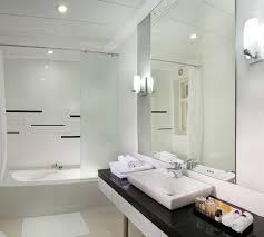 19 best kolkata calcutta india hotel bathrooms images on