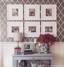 how to arrange multiple picture frames hang pictures how to